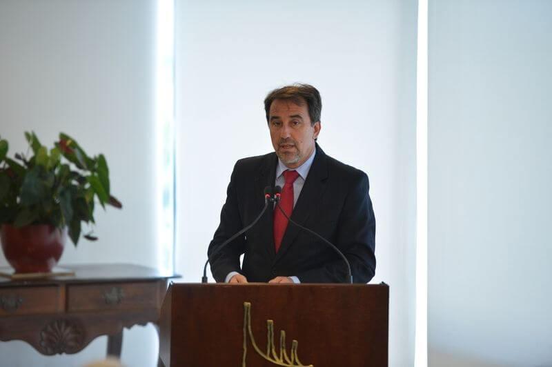 O ministro das Cidades, Gilberto Occhi, durante assinatura de contratos de infraestrutura urbana com o Governo de São Paulo (José Cruz/Agência Brasil)