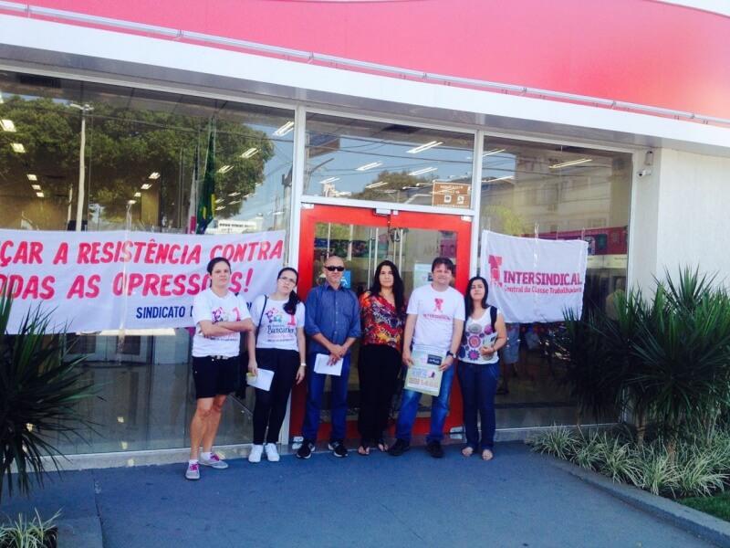 Paralisacao-Itau-Centro-Vila-Velha-01-de-junho-2016