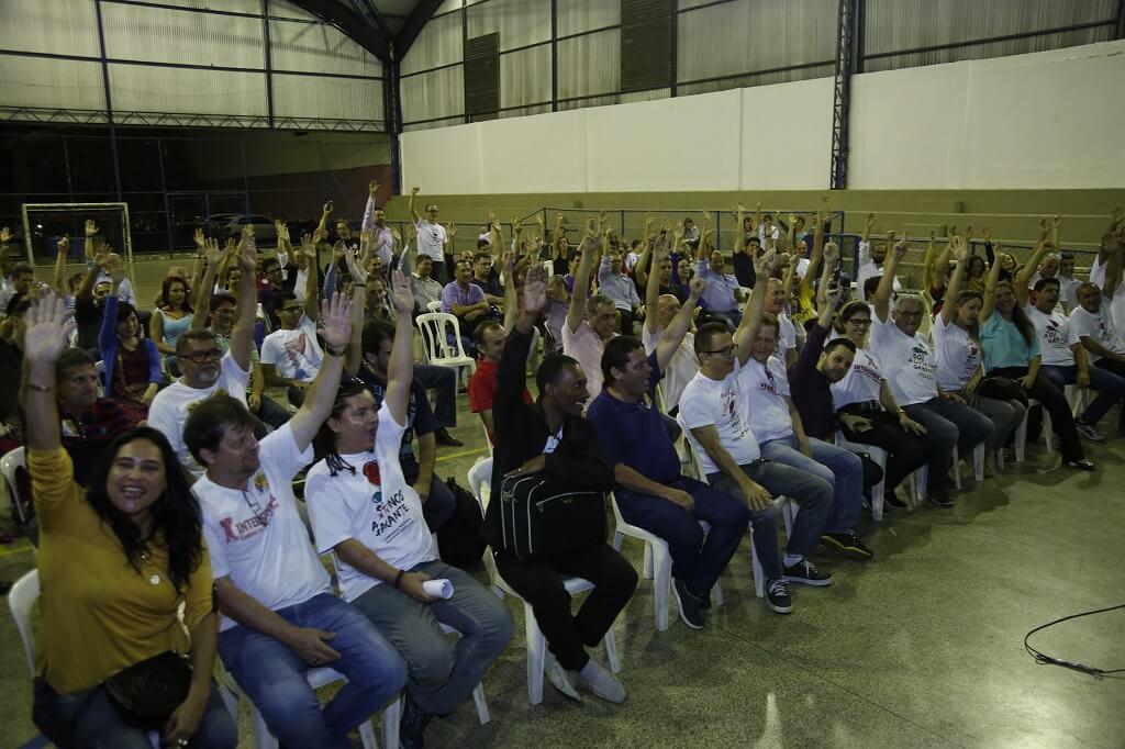 Assembleia-aprovacao-greve-2016