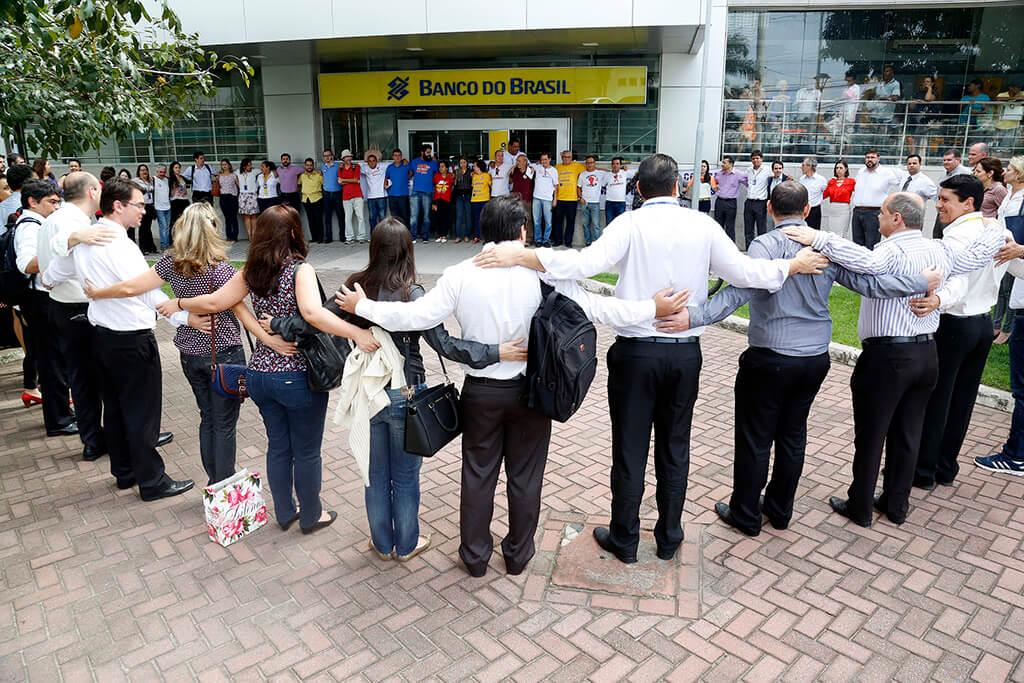 A realização do Dia de Luta foi deliberada após a recusa do Banco do Brasil em dialogar com os trabalhadores